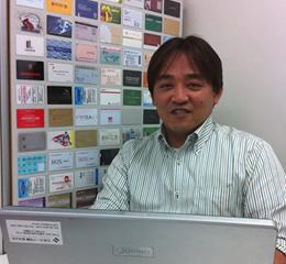 日本カード印刷株式会社 井上社長